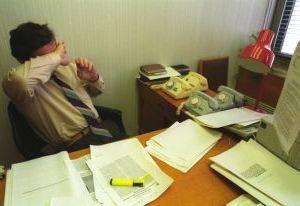Глава Духовщины выписал себе премий на 350 тысяч рублей