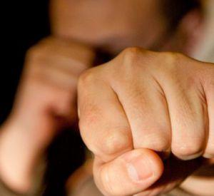 Безработный смолянин избил молодого мужчину