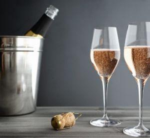 В Роскачестве назвали лучшие игристые вина
