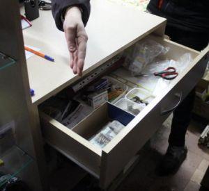 В Смоленской области вахтовик обокрал рыболовный магазин