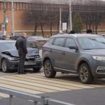 Пенсионерка в центре Смоленска спровоцировала аварию и спокойно удалилась