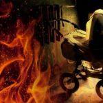 В Смоленской области подпалили детскую коляску