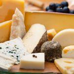 Белорусы пытались выдать запрещенный сыр за газировку