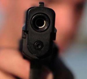В Смоленской области мужчину подстрелили возле ночного клуба