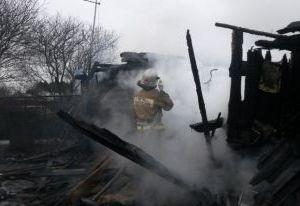 В Смоленске в пожаре погибли мать и сын