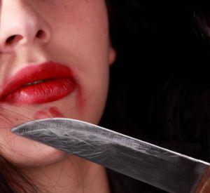 Смолянка скончалась от ножевого ранения