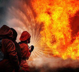 В Смоленске утром сгорел грузовик