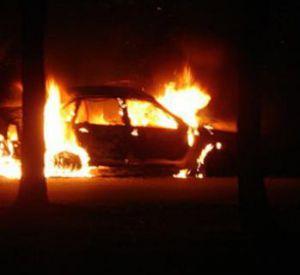 В деревне Кайдаково сгорела легковушка