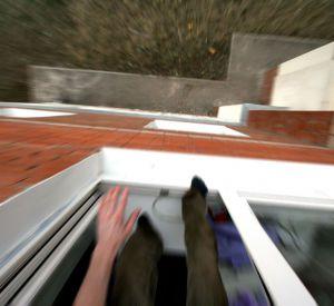 Молодая женщина разбилась, упав с 11 этажа