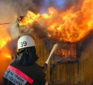 В Смоленской области загорелась баня