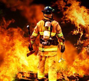 В Смоленске загорелась квартира в многоэтажном доме