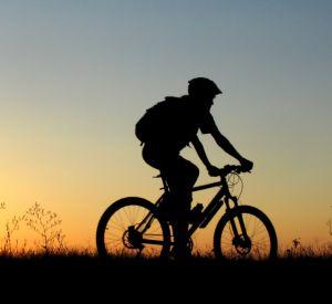 В Смоленске разыскивают велосипедиста, который сбил подростка