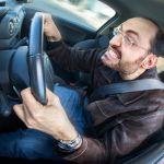 Видео: Смоленский водитель разъезжал по встречке