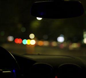 Иномарка ночью сбила троих подростков