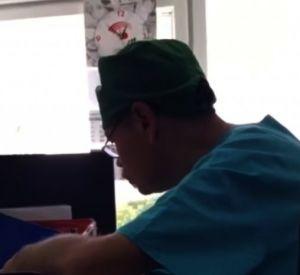 Видеоролики с нетрезвым травматологом появились в сети