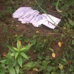 Смоляне нашли пачку нераспечатанных писем под балконами жилого дома