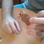 Рославльчан кормят конфетами с личинками пищевой моли (фото)