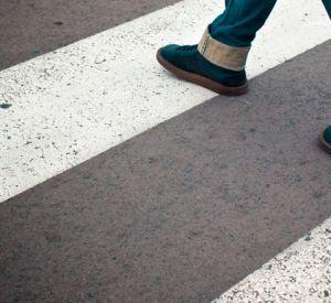 В Рославле легковой автомобиль сбил подростка