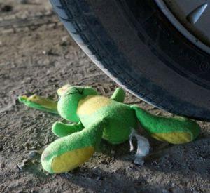 Иномарка сбила десятилетнюю школьницу
