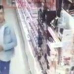 Двое воров украли товар на камеру (видео)