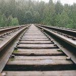 В Смоленске собираются ограничить движение на двух железнодорожных переездах
