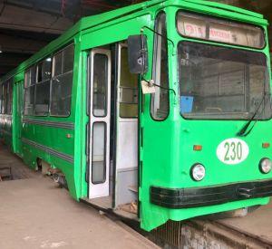В Смоленске на маршрут вышел редкий зеленый трамвай (фото)