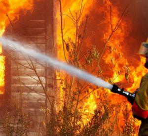 В Смоленской области едва не сгорел заживо мужчина