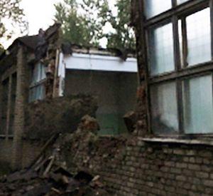 В Смоленской области произошло обрушение аварийного дома (фото)