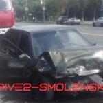 Фото: В Смоленске произошла серьезная авария