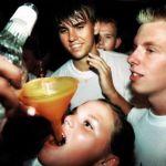 В России хотят увеличить возраст, с которого будет разрешена продажа алкоголя