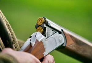 Смолянин пытался продать ружье на автозаправке