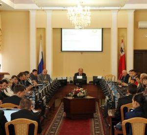 За должность главы Смоленска будут бороться стоматолог и предприниматель