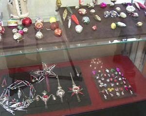В Смоленске открылась выставка новогодних игрушек