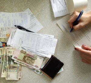 Долги по ЖКХ будут снимать с банковских карт