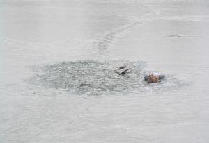 Выходить на лед в Смоленской области еще нельзя