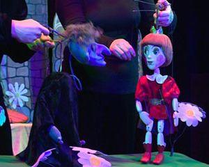 В Смоленском кукольном театре прошел благотворительный спектакль для детей-сирот