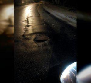 Автомобилист закрыл люк на Лавочкина, чтобы в него не угодили машины