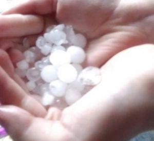 На Смоленскую область обрушились ливень и град (фото, видео)