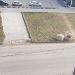 Пешеходы-нарушители напали на водителя