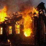 В горящем доме едва не погибла 81-летняя пенсионерка