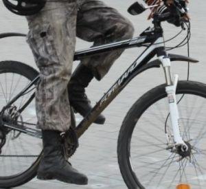 Полицейские ищут велосипедиста, по вине которого пострадала 89-летняя пенсионерка