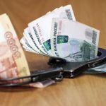 Бизнесмен из Курска пытался подкупить смоленского полицейского