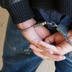 Инспекторы ДПС арестовали пассажира авто с наркотиками в кармане