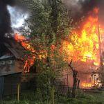 В Смоленском районе при пожаре сгорел заживо человек