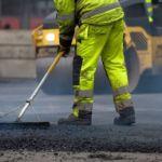 В Смоленске продолжается ремонт дорожного покрытия