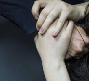 30-летняя пьяная смолянка избила родную маму