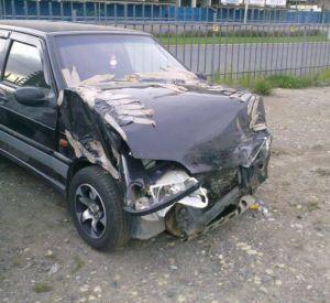 Житель Смоленской области угнал у соседа ВАЗ и разбил его