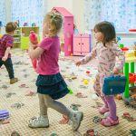 В Государственной думе предложили установить выплаты за отказ от места в детском саду