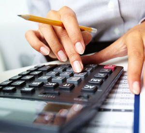Какую зарплату получает бухгалтер в Смоленской области