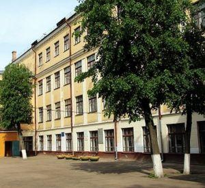 В школе №27 временно остановили учебный процесс из-за болезни учителя
